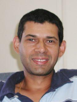 "headshot of Sudhanshu ""Ashu"" Handa"