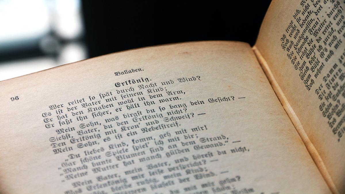 Lines of classic German poetry.