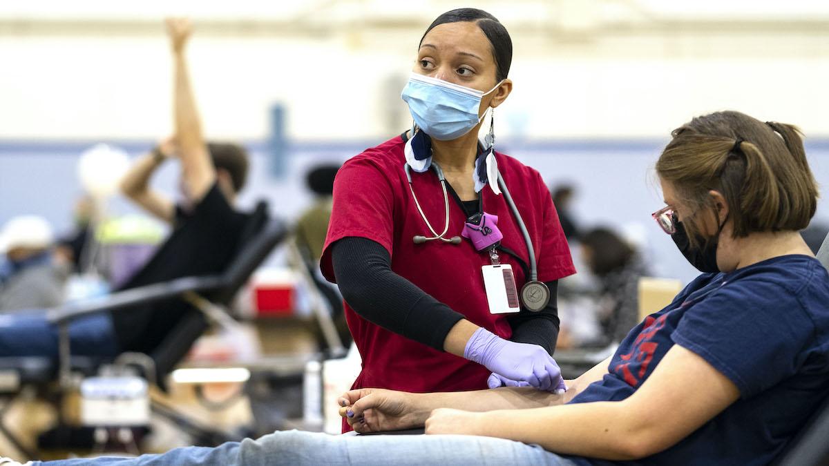 32nd annual Carolina Blood Drive. (Jon Gardiner/UNC-Chapel Hill)